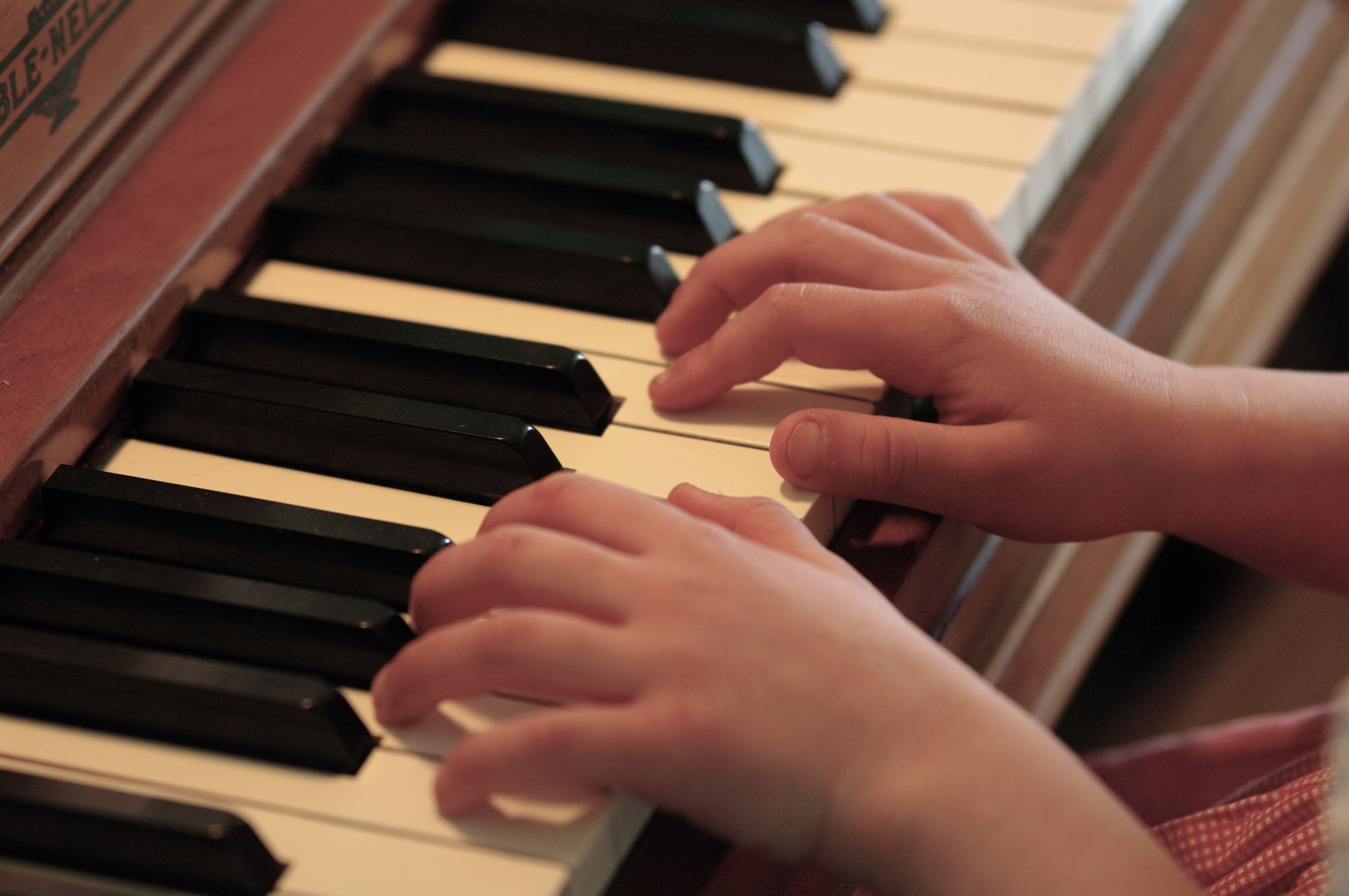 a review of the play the piano lesson ⭐️⭐️⭐️⭐️(2820/reviews) the piano lesson play review - classical piano lessons #the piano lesson play review learn to play piano instantly - learn now | offers fully.