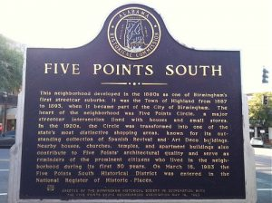 5 points south sign